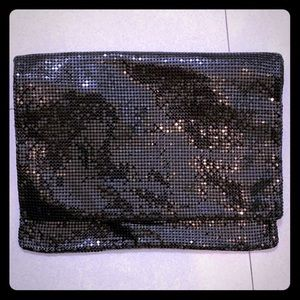 Kenneth Cole sequence clutch